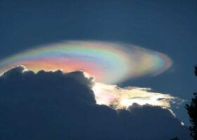 Великолепное облако посеявшее панику.