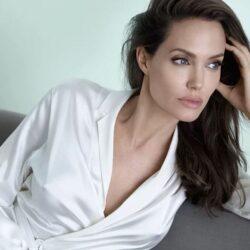 """""""Расшифровка"""" Анджелины Джоли."""