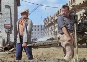 Смотрите, как строители пошутили над своим коллегой.