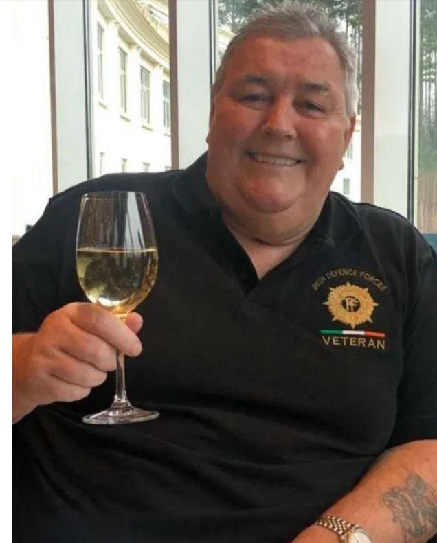 На снимке Шей Брэдли предварительно записал сообщение, которое было сыграно на его похоронах в субботу. фото: www.thesun.co.uk