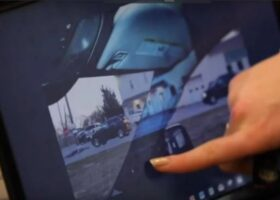 14-летняя девочка нашла способ устранить слепые зоны в автомобилях.