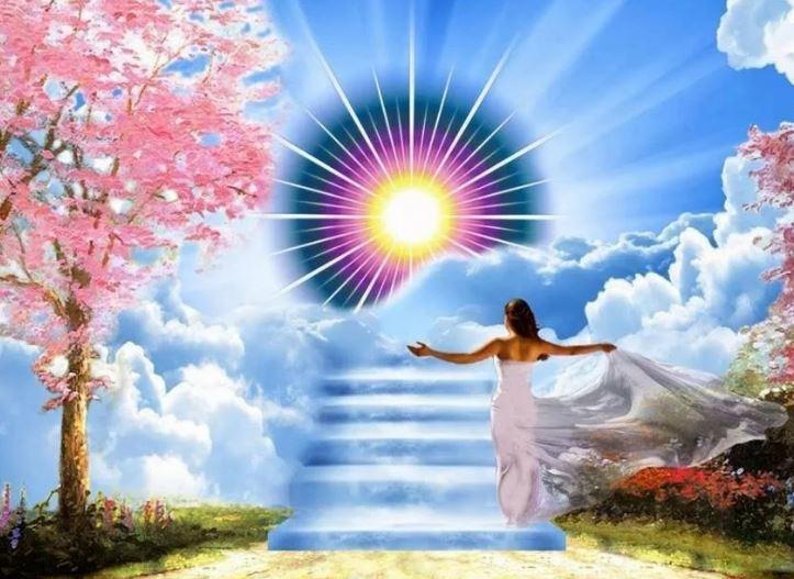 Душа — это фрагмент изначального источника или света.