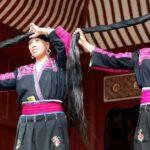 Китайская деревня, где живут женщины с самыми длинными волосами.