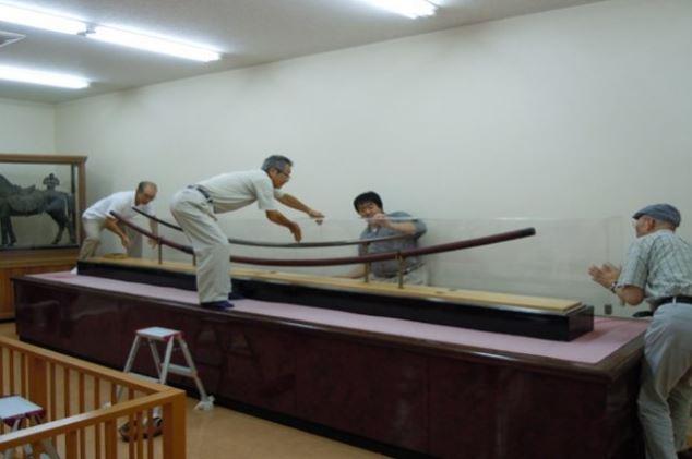 Некоторые историки выдвинули гипотезу, что большинство Одачи, на самом деле, использовалось в качестве декоративного оружия.