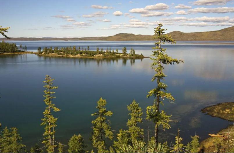 Прикосновение к легенде - озеро Лабынкыр.