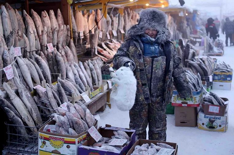 Если вы жалуетесь на морозы и суровую зиму, то хочется напомнить вам об Оймяконе.