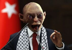 Хотите в тюрьму за мем? Смотрите, что происходит в Турции