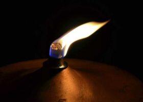 Удивительная лампа — вечно горящая