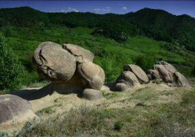 Таинственные, живые камни Румынии