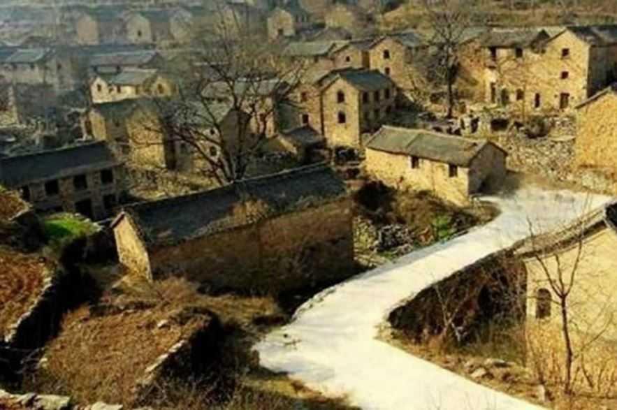 Китайский народ давно исчез и город до сих пор пуст.