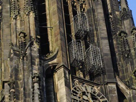 Клетки с лидерами Мюнстерского восстания на шпиле церкви Св. Ламберта.
