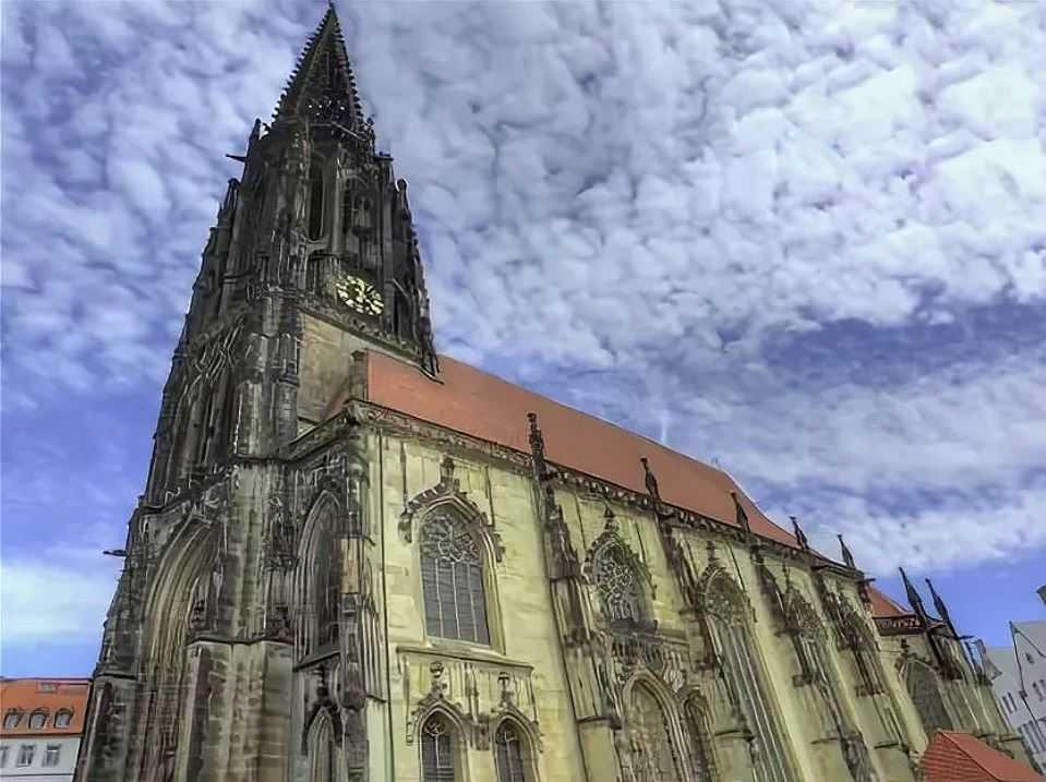 Церковь Святого Ламберти в Мюнстере, Германия.