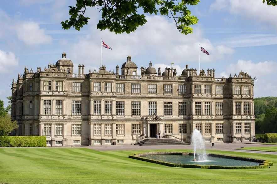 Великолепный величественный дом Лонглит-Хаус, расположенный недалеко от Уорминстера в Уилтшире.