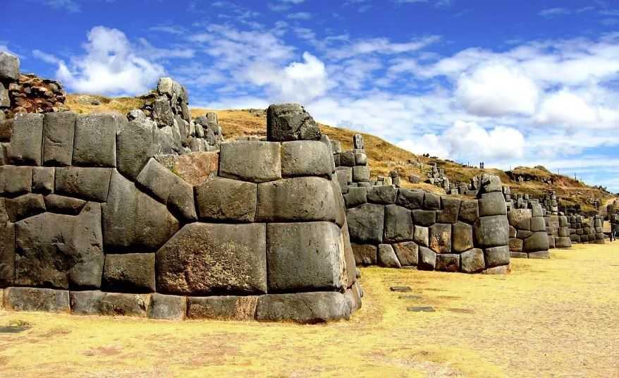 Тайна древнего Саксайуамана, Перу