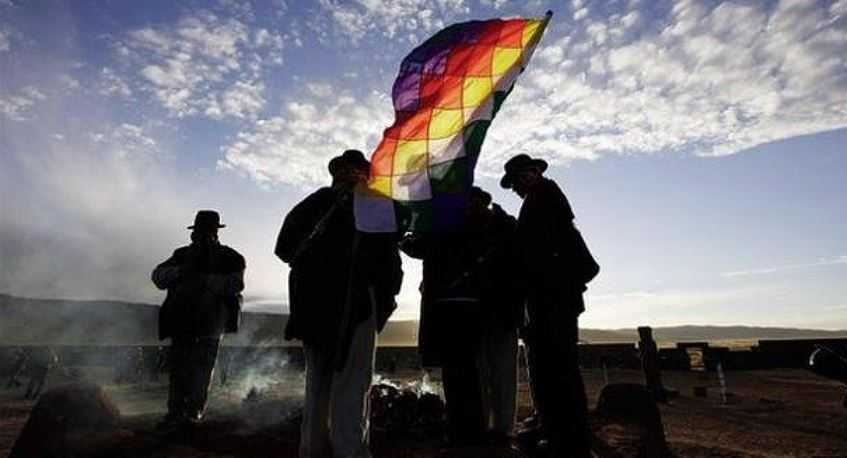 Флаг Уипала стал национальным символом, признанным в соответствии с конституцией.