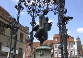 Гусятница с тремя гусями из Геттингена