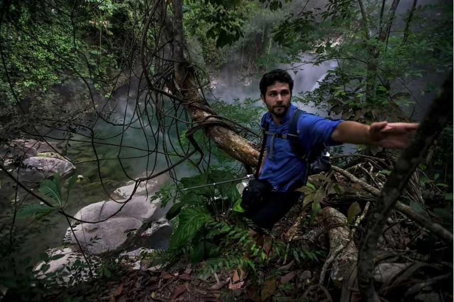 Андрес Рузо: Как я нашёл мифическую кипящую реку в Амазонии.