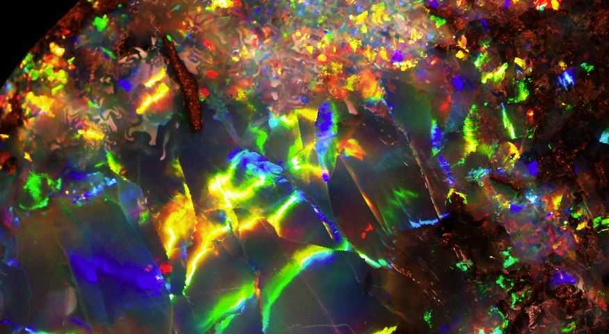 Девственная радуга — самый дорогой опал в мире