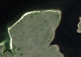 Аномалии Google Maps: пентаграмма Казахстана