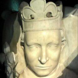 Король, который думал, что он сделан из стекла