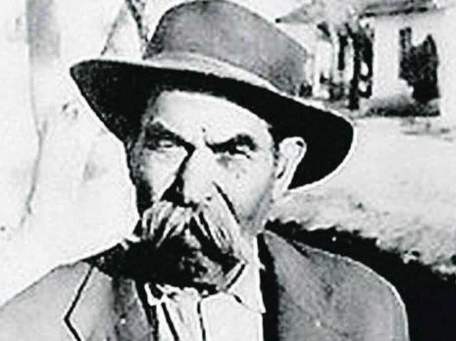 Трубач сербской армии Ахмед Адемович изменивший историю.