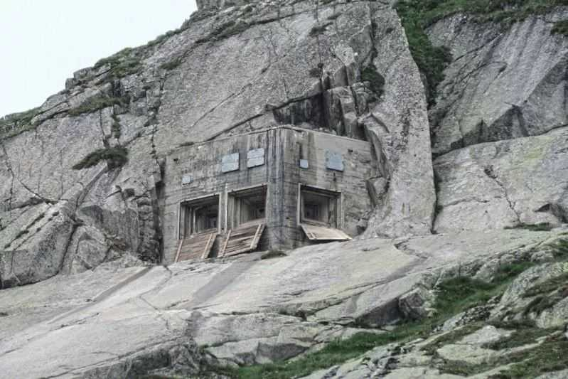 Военные бункеры Швейцарии.