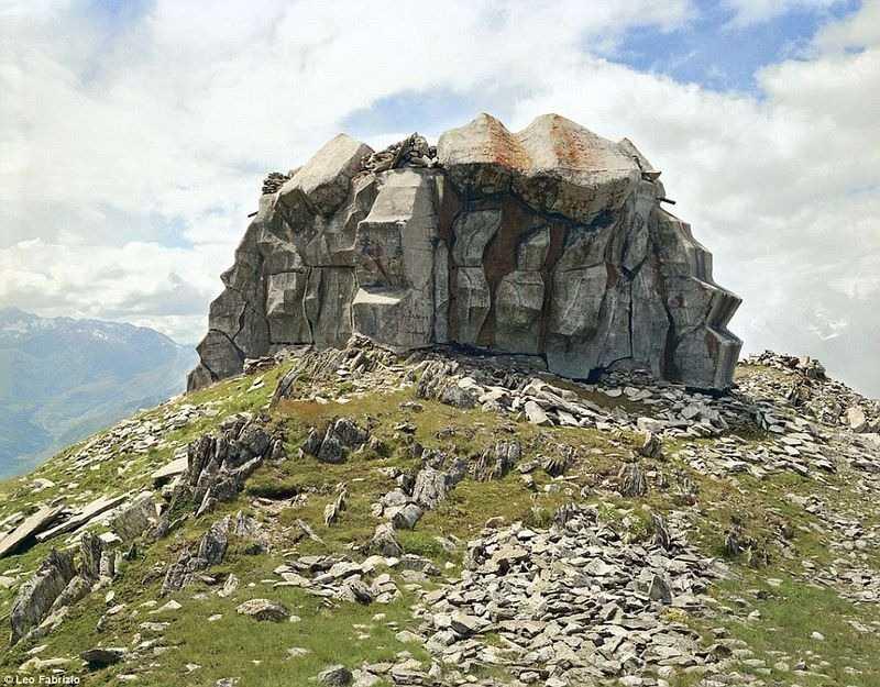 Военный объект в скале.