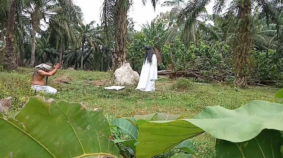 Лесной народ, оранг бунианы, — потенциальные похитители детей.