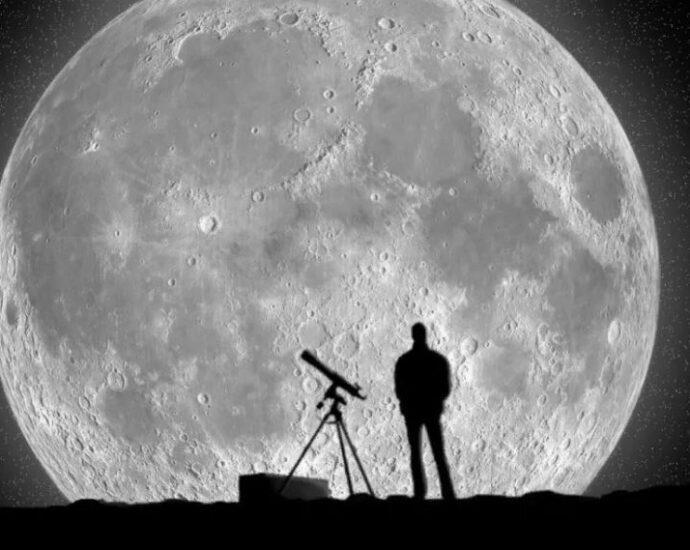 Тайны Луны.