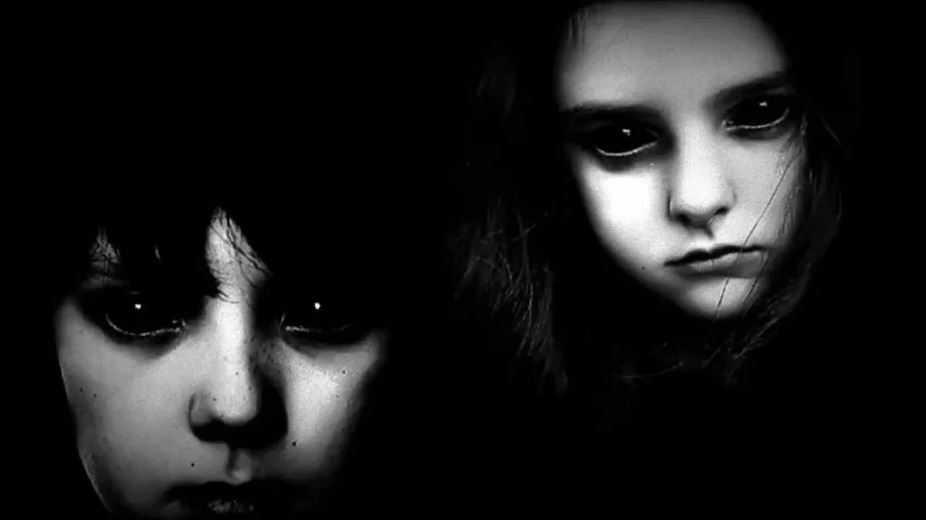 Истории о детях с черными глазами появились с 1990-х годов.