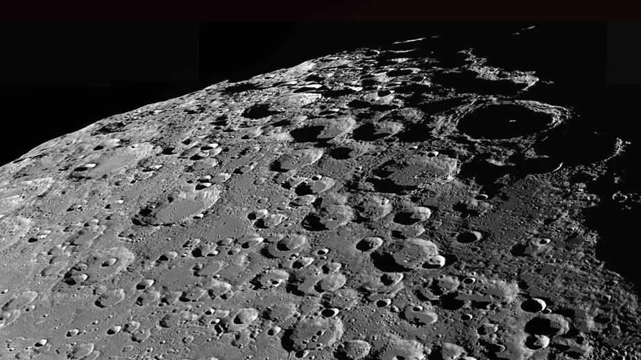 Кратеры на Луне демонстрируют возможное довольно долгое путешествие к вашему текущему положению.