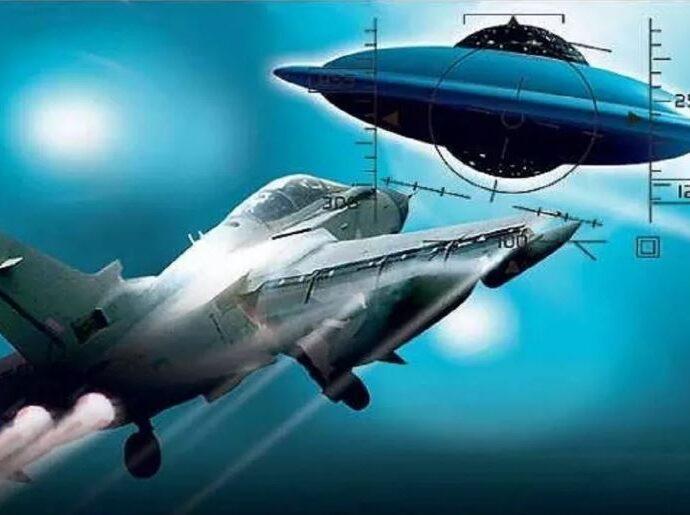 Встреча с НЛО, положила конец жизни советского пилота.