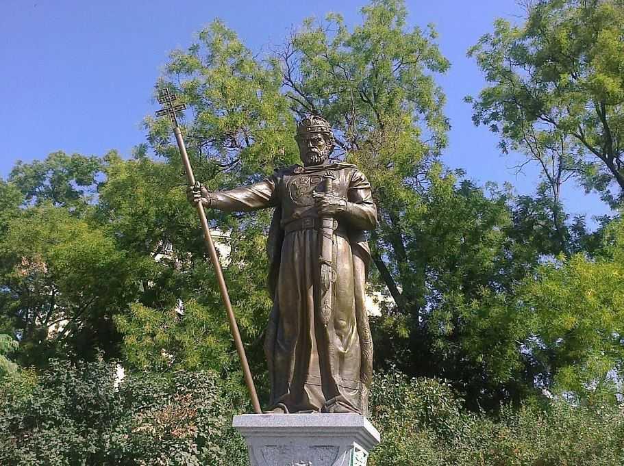 Царь Болгарии Самуил, с которого началась операция «Солнечный луч».