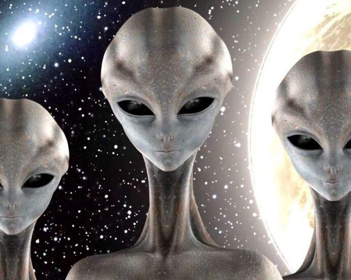 Внеземная Троица: мост между религией и НЛО.