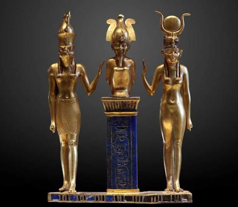 Осирис, Исида и их сын — Гор.