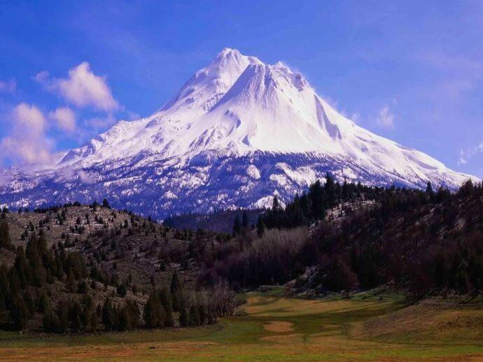 ГораШаста: Таинственная гора и священное место.