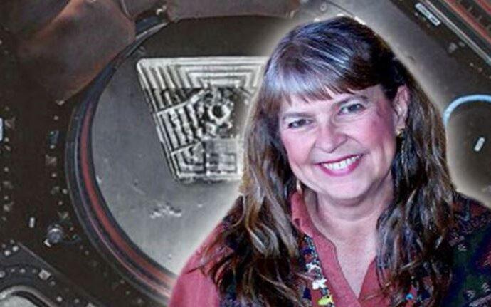 Ниара Айсли утверждает, что работала на секретной лунной базе.