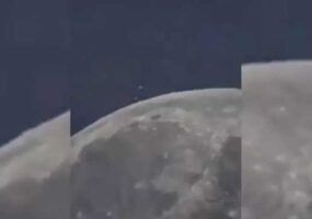 Над луной завис огромный НЛО и что-то сбросил