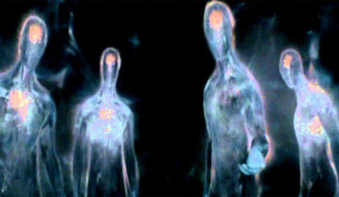 Светящиеся гуманоиды: встреча с инопланетянами в шахтах Тенерифе.