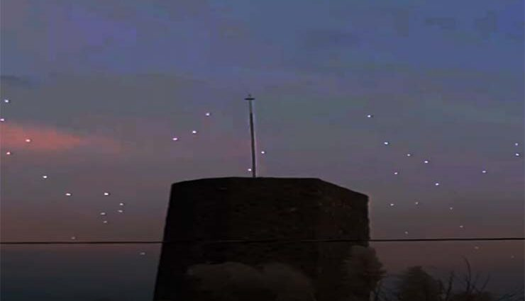 Очевидцы сняли большой флот НЛО над Мексикой.