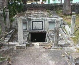 Проклятые гробы Барбадоса: возможно ли такое?