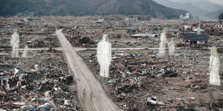 Цунами в Японии: люди видят призраков и духов спустя 10 лет.