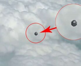 Пилот зафиксировал НЛО в форме куба над Колумбией
